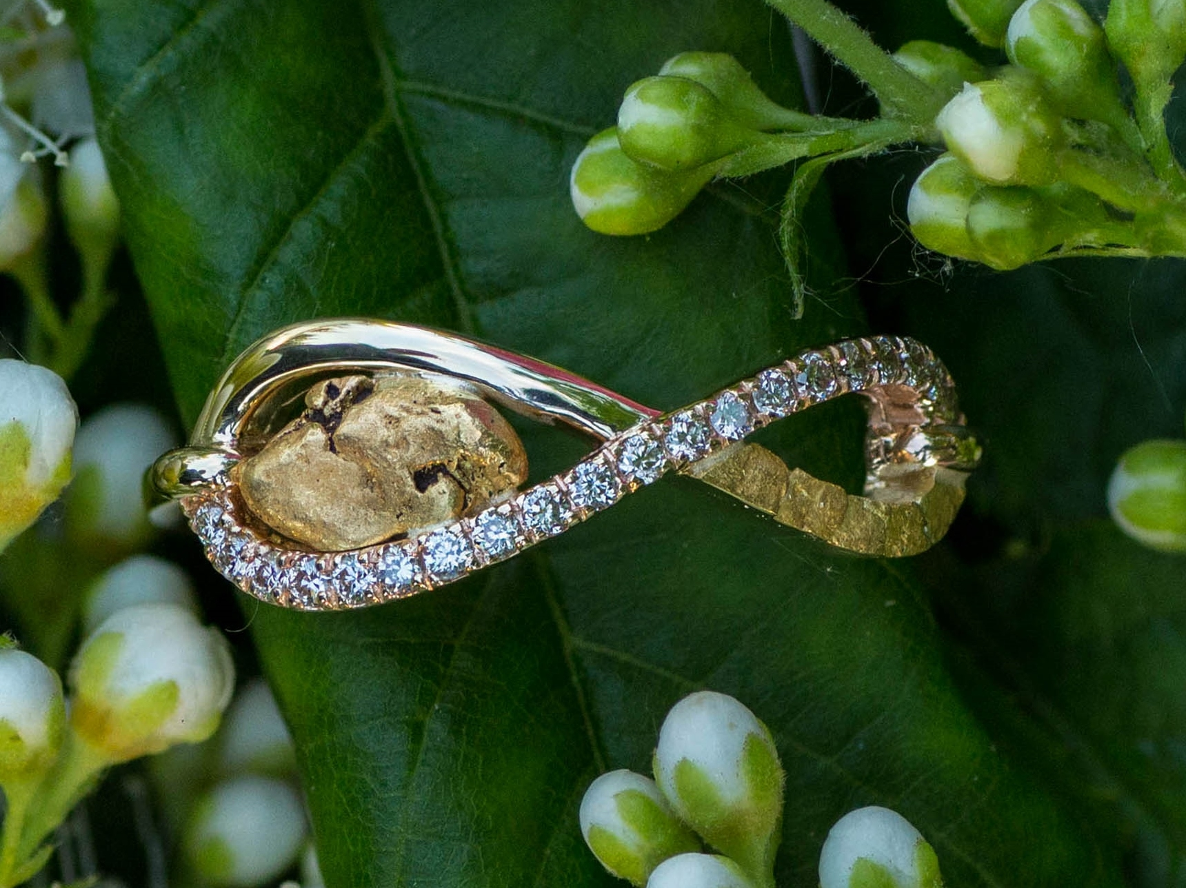 Alaskan Gold Nugget Ring and diamonds in 14kt Yellow Gold.