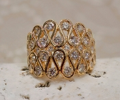 Stunning Diamond ring in 18kt yellow gold