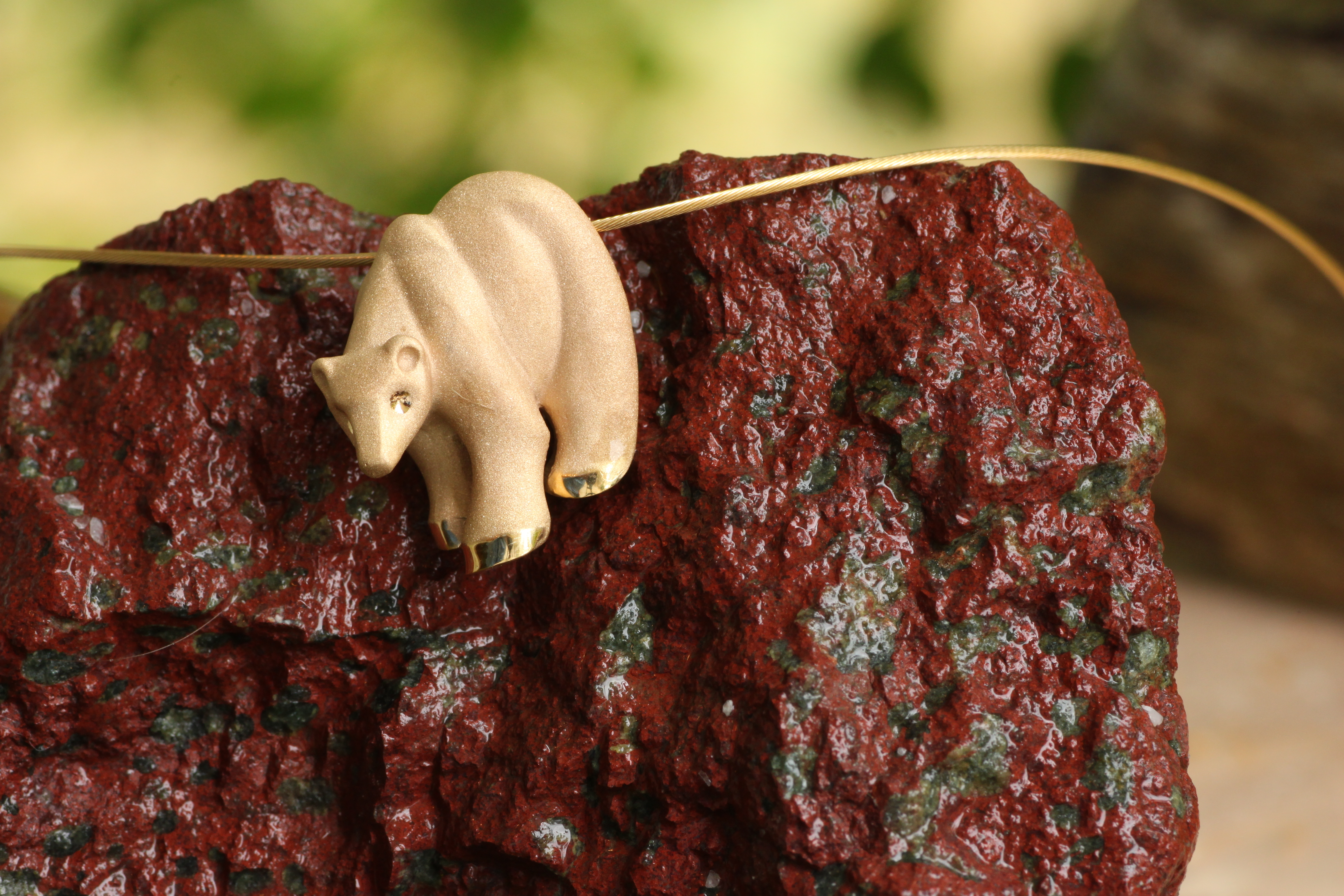 Wild Alaska Bear in 14kt Yellow Gold Pendant.