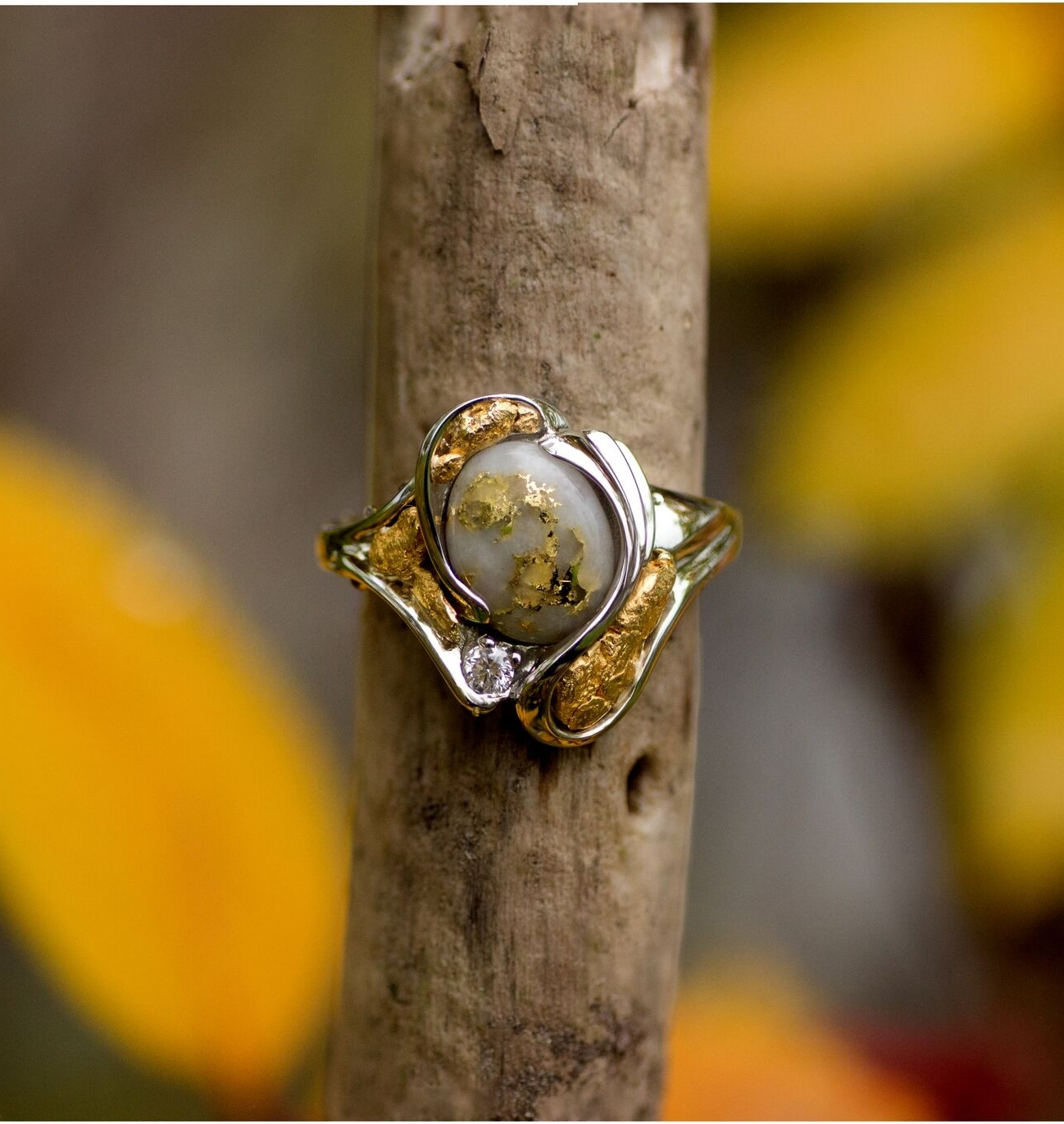 Alaskan Gold Nugget Gold Quartz and Diamond Ring
