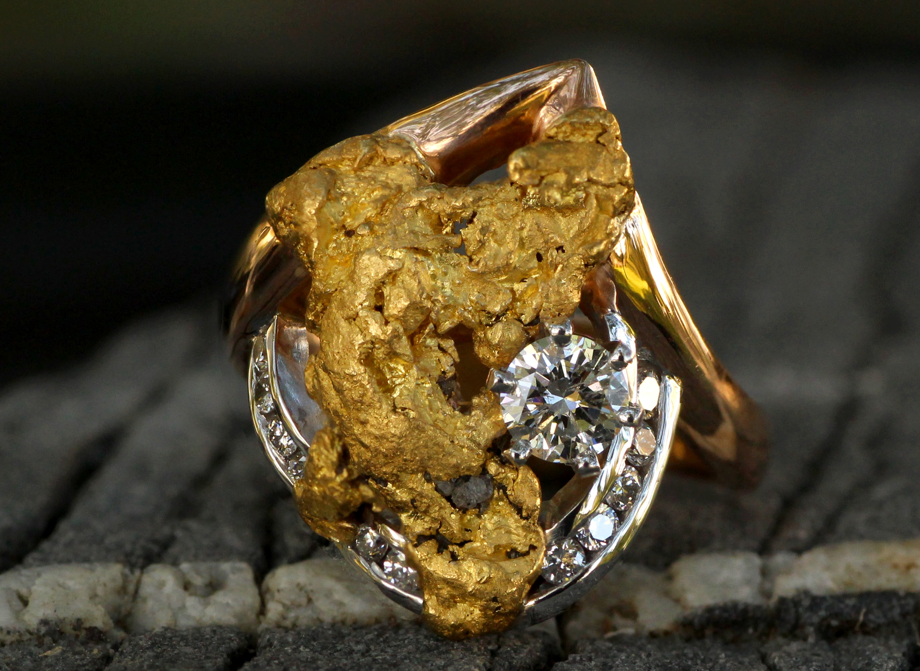 Men's and Women's Alaskan Gold Nugget Rings Gold And Diamonds