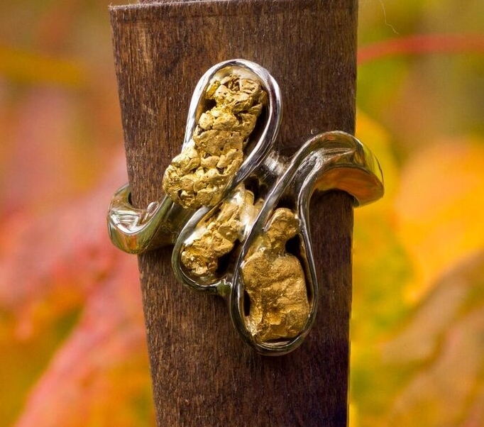 Alaskan Gold Nugget Triple Twist Party Ring